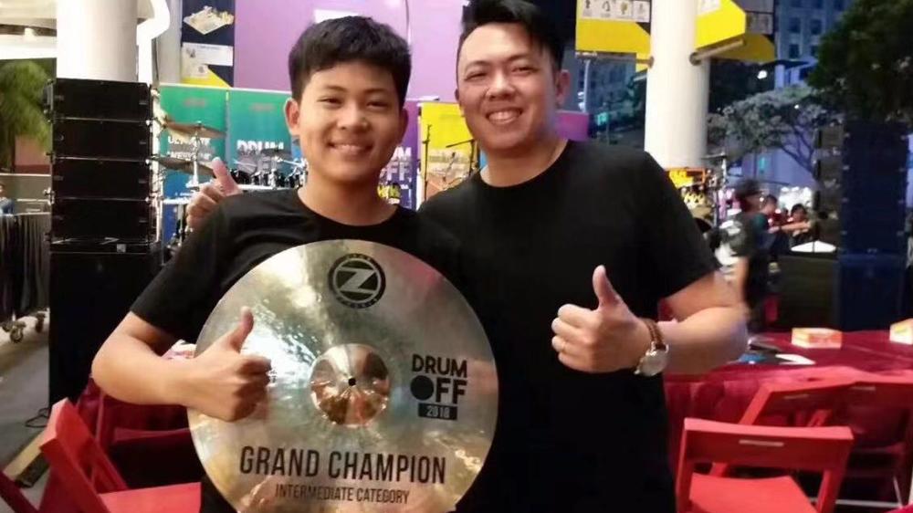 中国少年鼓手李逸卓获得Drum-Off比赛亚洲区冠军